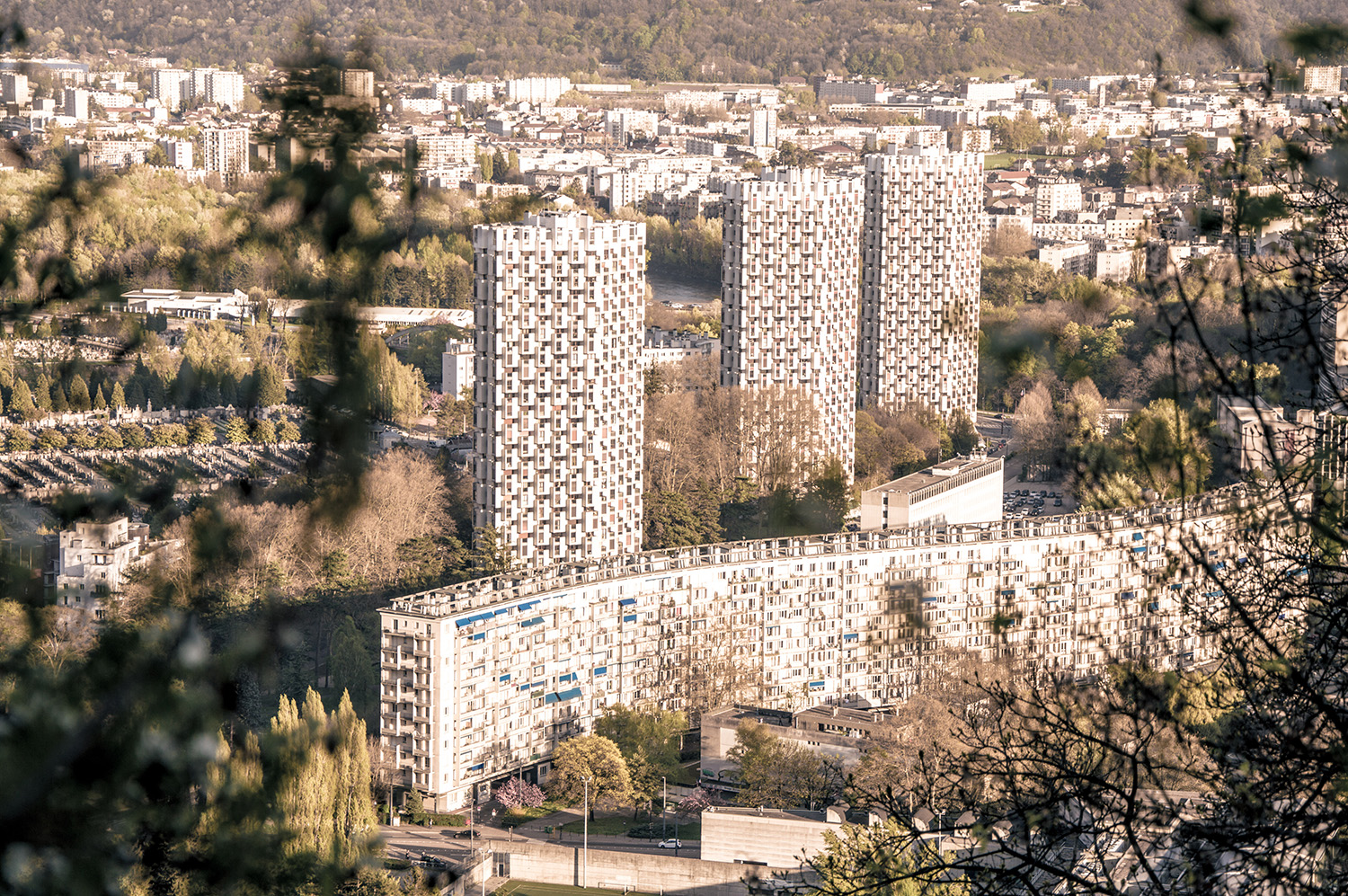 printemps à Grenoble Bastille