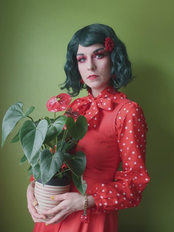 tenue fraise rouge et vert