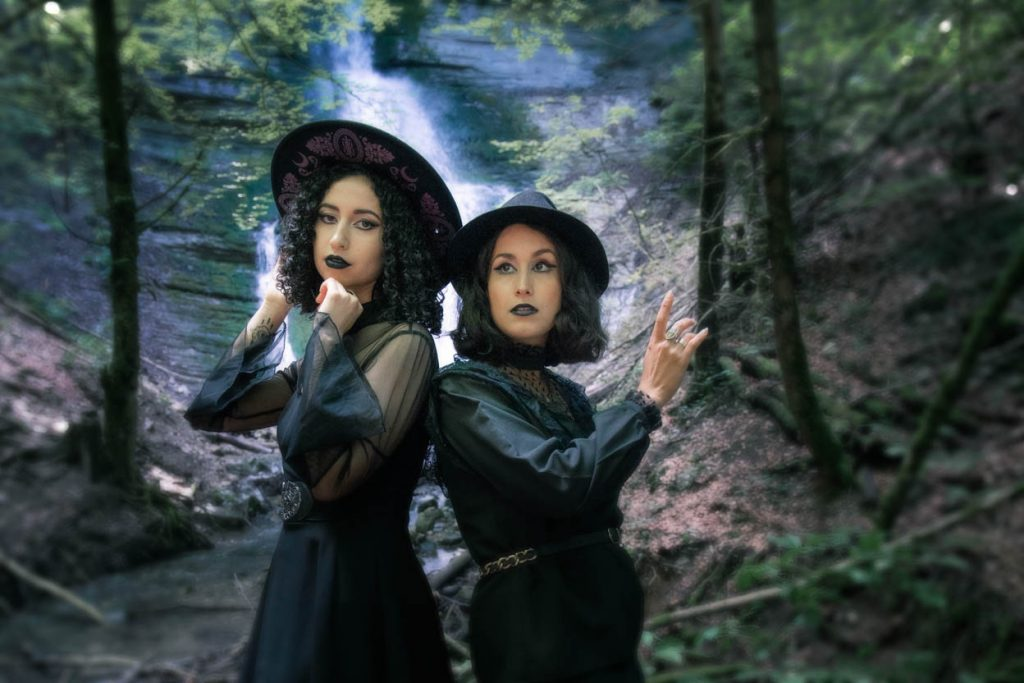 twin coordination witchy